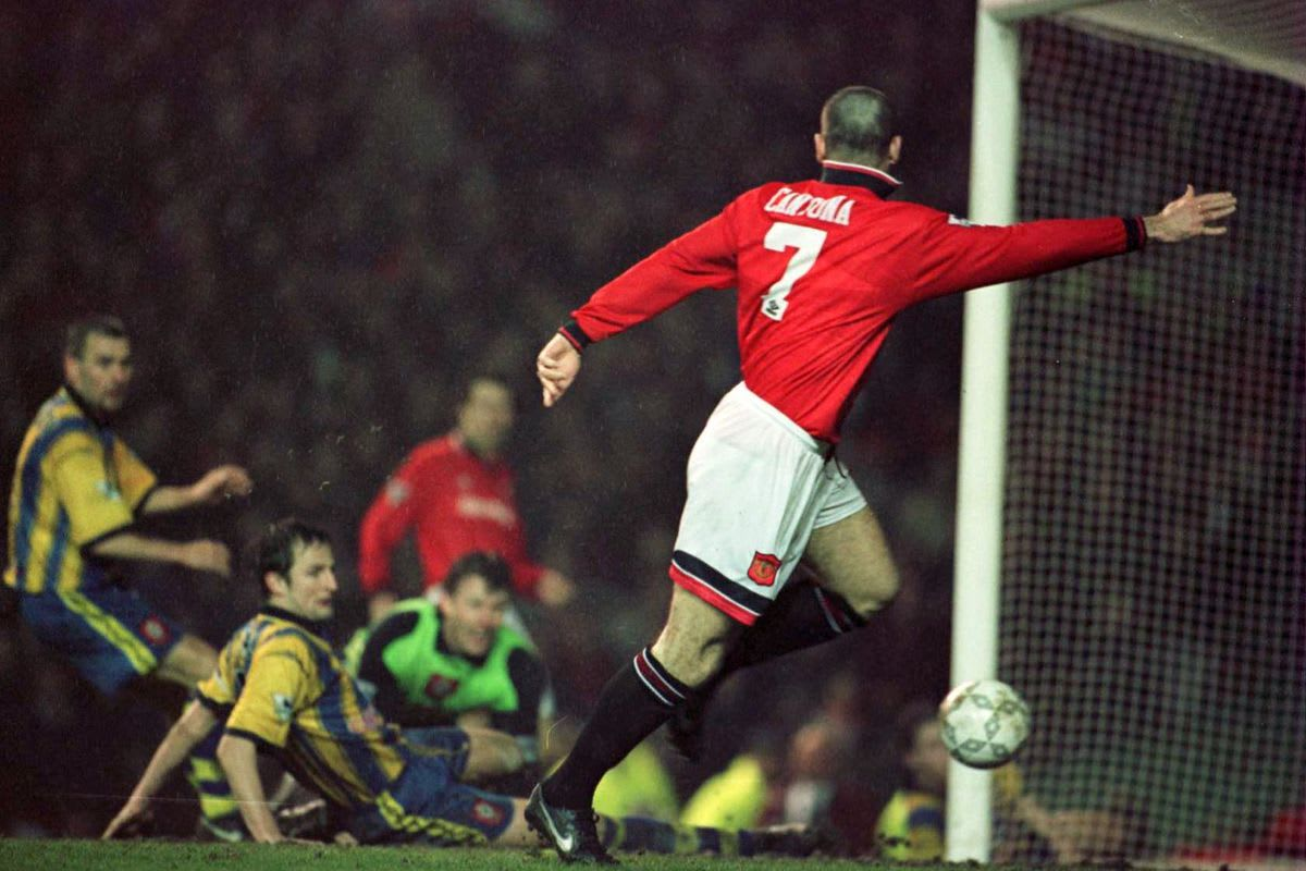 Eric cantona played for both manchester united and leeds in the famous. The Best Premier League Transfers Ever Eric Cantona To Manchester United 1992 93 Footballtransfers Com