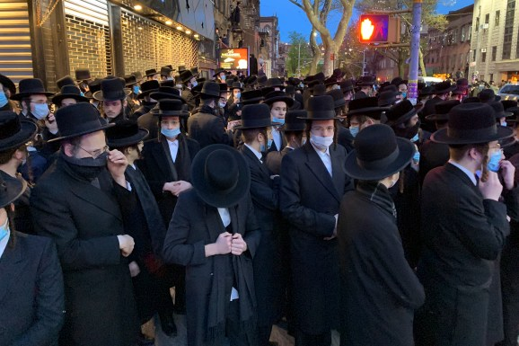 NYPD shuts down another Hasidic funeral | FOX 5 New York