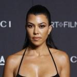 Kourtney Kardashian glows in the dark in white-hot thong bikini 💥👩💥