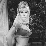 'I Dream of Jeannie' star Barbara Eden on bonding with late co-star Larry Hagman: 'We had the same rhythm' 💥👩💥