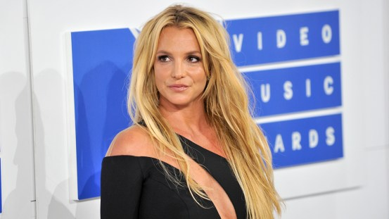 Britney Spears gets coronavirus vaccine: 'I didn't feel anything'