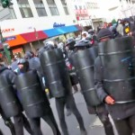 Antifa clashes with anti-vaccine mandate protesters, 1 shot 💥👩👩💥
