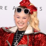 JoJo Siwa to compete as part of first same-sex pairing on 'Dancing With the Stars' 💥👩💥
