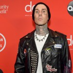 Travis Barker flew in a plane for the first time since deadly 2008 crash 💥👩💥