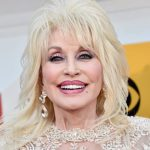 Dolly Parton recreates iconic Playboy cover shoot for husband's birthday: 'He still thinks I'm a hot chick' 💥👩💥