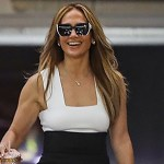 Jennifer Lopez looks radiant as she steps out ahead of her 52nd birthday 💥👩💥