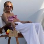 Jennifer Lopez relaxes in striped bikini on $130M super yacht in Italy 💥👩💥