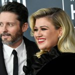 Kelly Clarkson and Brandon Blackstock are divorcing: Here are the messy details 💥👩💥