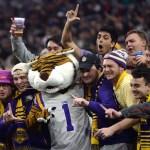 LSU mandates vaccine proof, negative PCR test for fans entering Tiger Stadium 💥💥