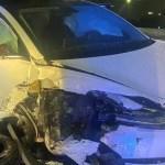 Tesla on Autopilot crashes into parked police car in Orlando 💥💥