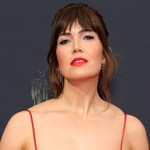 Mandy Moore eats pizza naked after 2021 Emmys: 'The real glamour' 💥💥