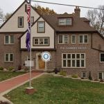Protesters at Iowa fraternity demand it be abolished after sexual assault allegation emerges 💥👩👩💥
