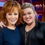 Reba McEntire on Kelly Clarkson's messy divorce: 'I am pulling for both of them' 💥👩💥