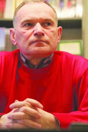 """Політолог Тарас Возняк: """"Перемогу увійні здобудемо тільки реформами. Саме військо, хоч яке відважне, непереможе"""""""