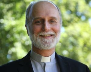 """""""Закликаємо і президента, і уряд, і депутатів до жертовності"""" - єпископ Борис Ґудзяк"""