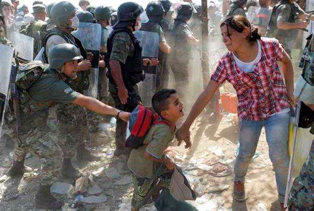 Resultado de imagem para imagens sobre refugiados