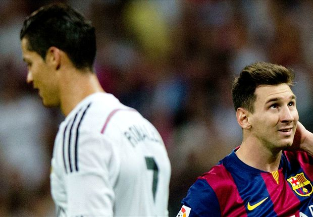 Ronaldo controls his destiny, Messi 'controls football'