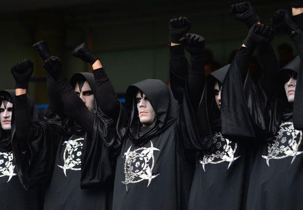 Mysteriöse Gestalten an der Stamford Bridge