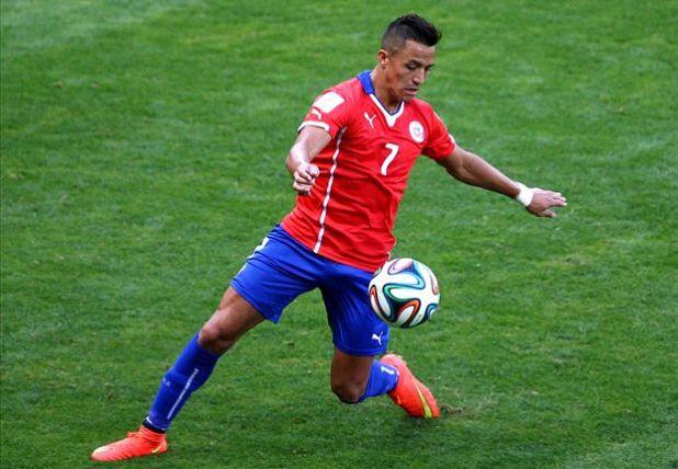 Signing Alexis Sanchez a mistake - ex-Arsenal defender Silvestre
