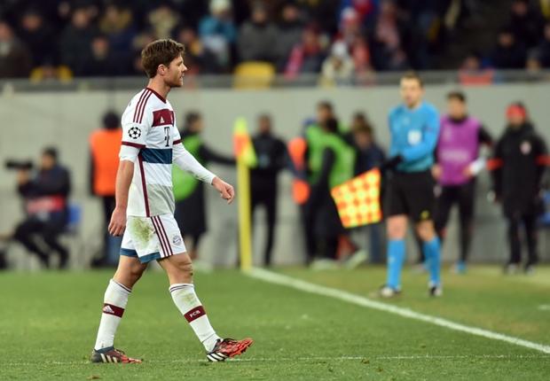 Guardiola diz que Xabi Alonso é o pior defensor do mundo