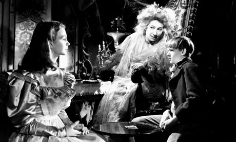 Jean Simmons, Martita Hunt and Anthony Wager in David Lean's 1946 Great Expectations