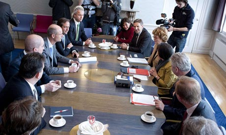 Emergency meeting of the Dutch cabinet, April 23 2012.