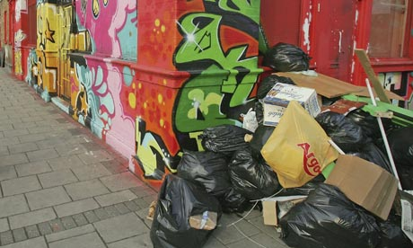 Could our rubbish be a good measure of consumption?