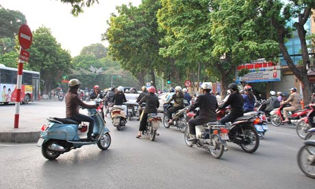 MDG : Hanoi traffic during daytime