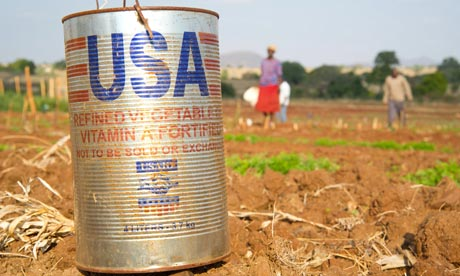 MDG : US Food aid ( USAID ) : A USAID vegetable oil can in Zimbabwe
