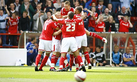 https://i1.wp.com/static.guim.co.uk/sys-images/Football/Pix/pictures/2009/8/29/1251559652102/Nottingham-Forest-v-Derby-001.jpg?resize=460%2C276