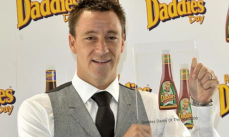 John Terry with the Daddies Sauces Dad of the Year title for 2009
