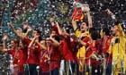 Spain-lift-the-Euro-2012--003.jpg