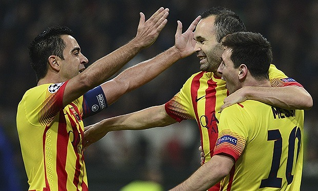 Xavi, Iniesta and Messi celebrated the goal
