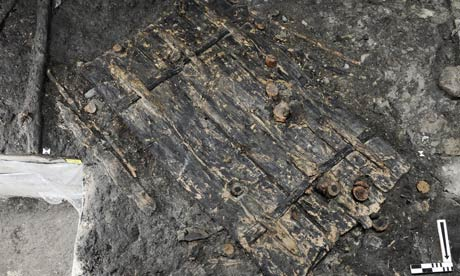 Zurch dig unearths 5,000-year-old door