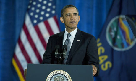 Barack Obama speechs on the economy in Kansas