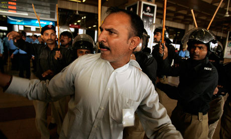 protesters at Karachi airport