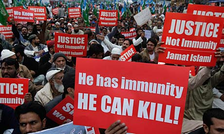 Supporters of the religious party Jamaat-e-Islami rally against CIA employee Raymond Davis