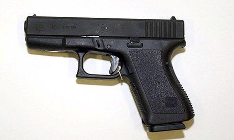 Glock 19 gun