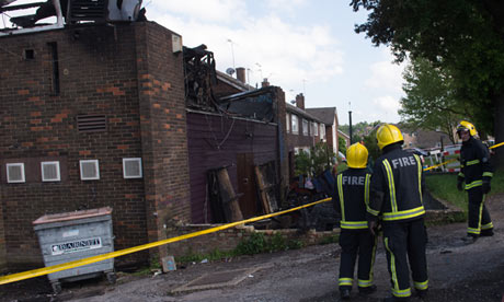 Police Investigate Fire At London Mosque