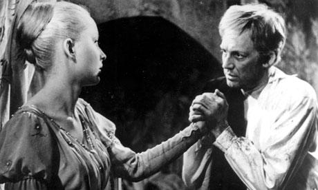 Innokenti Smoktunovsky as Hamlet
