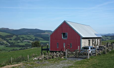 View of Beudy Banc, an off-grid holiday cottage in Wales