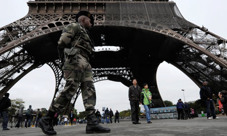 Security at the Eiffel Tower