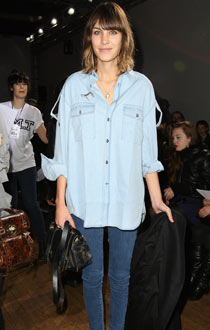 https://i1.wp.com/static.guim.co.uk/sys-images/Guardian/Pix/pictures/2010/3/16/1268764355435/Alexa-Chung-in-double-den-006.jpg