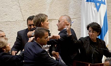 Haneen Zuabi attempts to speak at Israeli Knesset as Anastassia  Michaeli is escorted off the podium