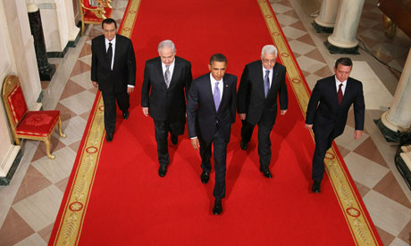 US President Barack Obama leads President Hosni Mubarak.