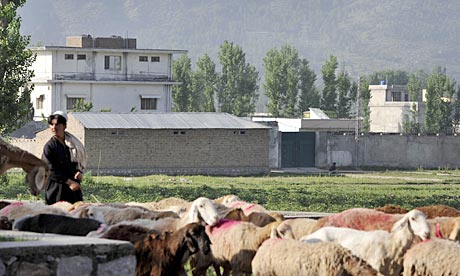 Osama-bin-Ladens-house-in-007.jpg