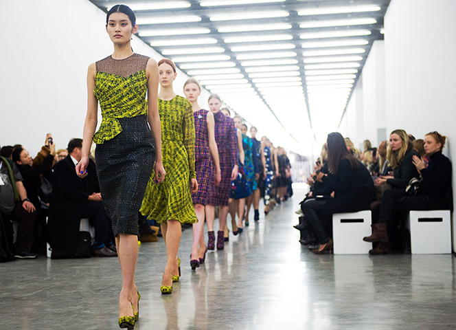 https://i1.wp.com/static.guim.co.uk/sys-images/Guardian/Pix/pictures/2012/2/20/1329756415869/The-Erdem-show-002.jpg