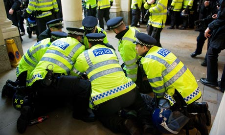 police arrest a suspect