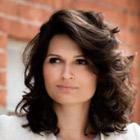 Mobile business speaker: Alina