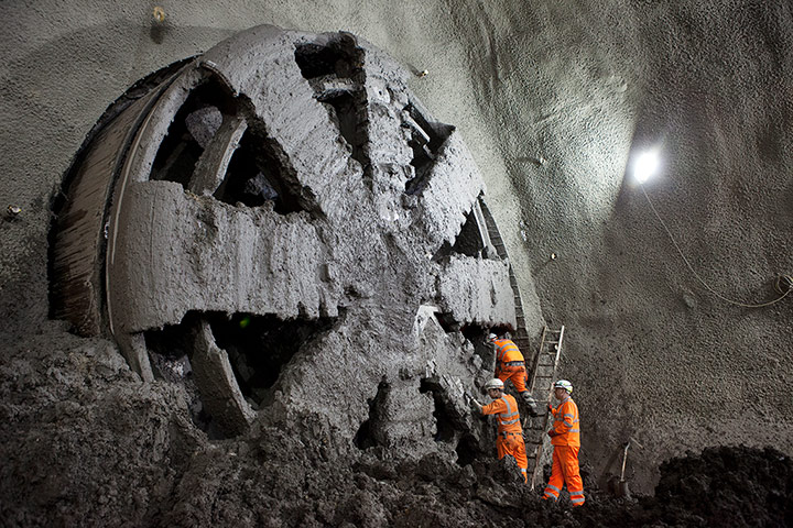 Crossrail: Elizabeth breaks through into Stepney Green